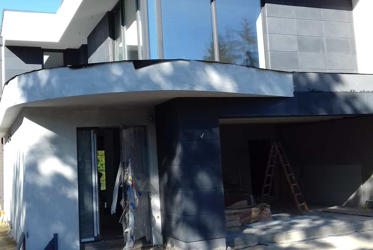 Betonowe płyty elewacyjne dom jednorodzinny